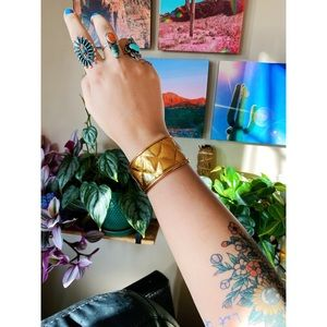Chanel Vintage 80's / 90's Gold Quilted Cuff